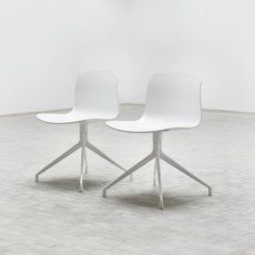 About A Chair Aac10 2 B