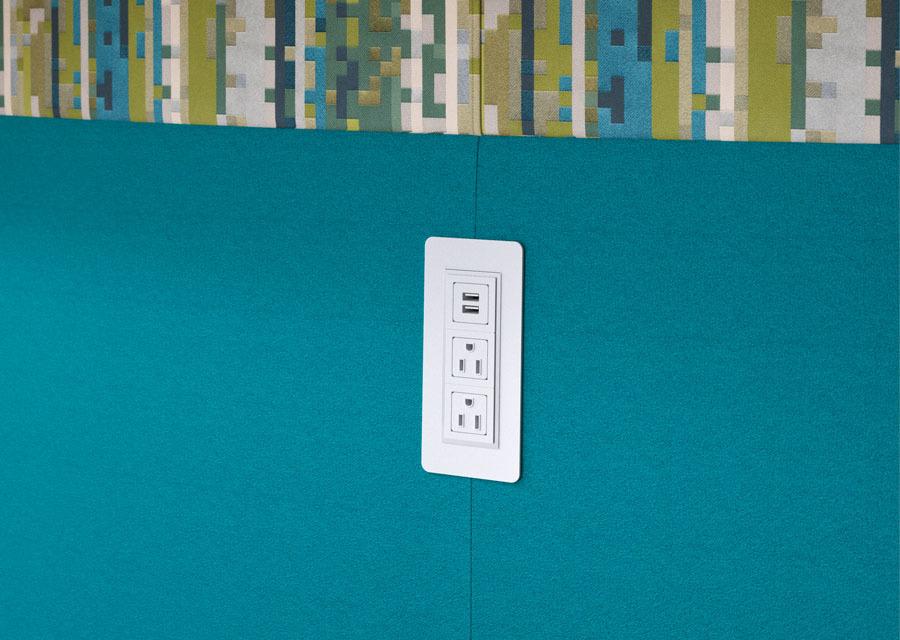 J Connect Details Power 02 Lg